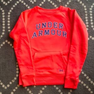 (Under Armour) Crewneck Size Small
